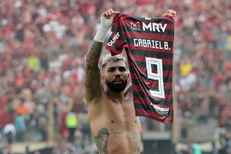 Flamengo ganha série sobre Libertadores